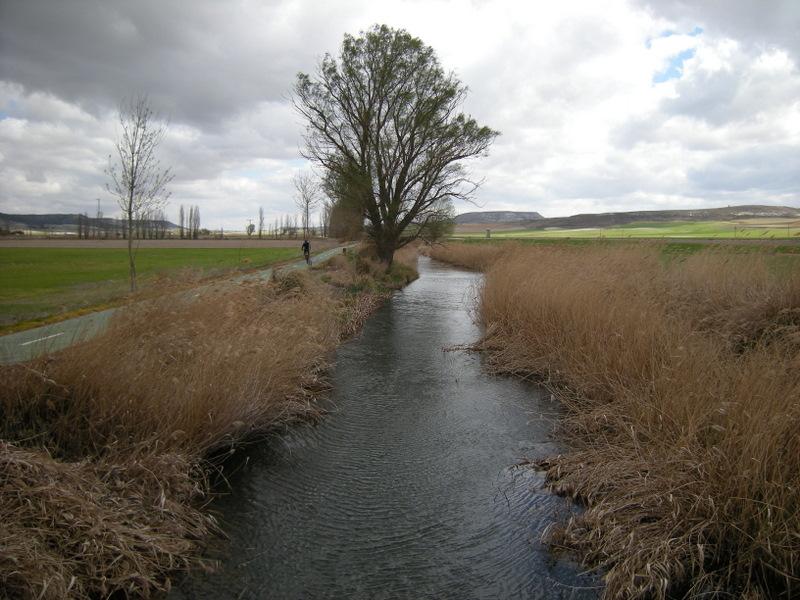 Las esguevas y el esgueva valladolid rutas y paisajes for Piscina rio esgueva
