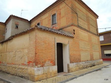 Casa de piedra, ladrillo y barro en Casasola