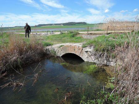 Puente de la Senda de los Aragoneses sobre el Jaramiel
