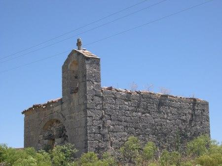 Ermita de la Virgen de las Viñas antes de la restauración
