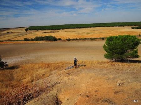 Contemplando el valle del Zapardiel