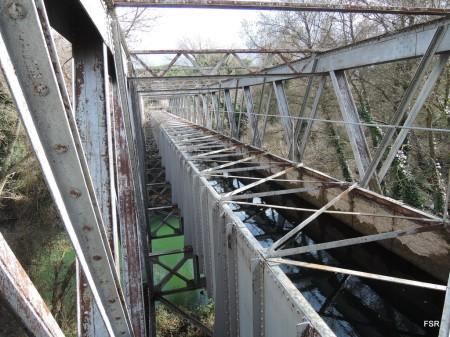 Acueducto del canal sobre el Duero